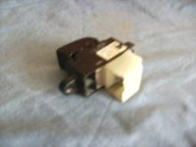 Switch sencillo para Vidrio Nissan Sentra 2000-2005