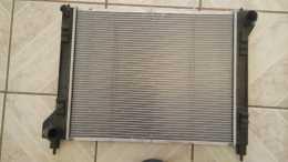 radiador y condensador nissan 2015