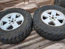 RINES y llantas Jeep wrangler 2016