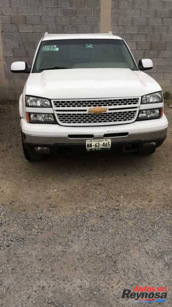 Chevrolet Silverado 2001, automática