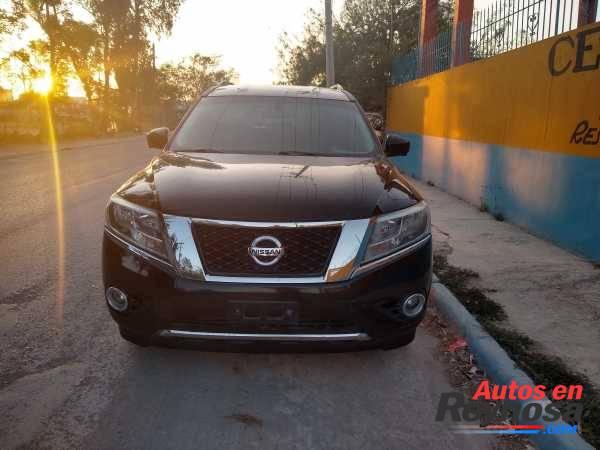 Nissan Pathfinder 2013 Negociable, tomo a cuenta