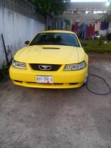 Ford Mustang 2001