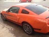 Ford Mustang 2010 trans. Automatica...