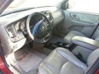 Mazda Tribute 2001 trans. Automatic...