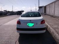 Renault 181 2009 trans. Automatica 4 cil Mexicano
