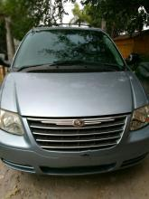 Chrysler Town and Country 2009 Fronterizo