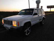 Jeep Cherokee  1998 Americana 6 cil trans. Automatica