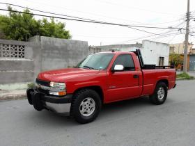 Chevrolet Silverado  2000 Americana 8 cil trans. Automatica