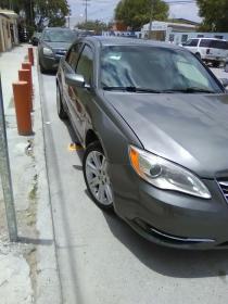Chrysler 200  2012 Americano 4 cil trans. Automatica