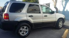 Ford Escape  2005 Regularizada 6 cil trans. Automatica