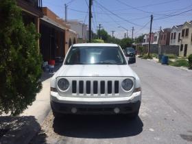 Jeep Patriot  2014 Mexicana 4 cil trans. Automatica