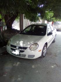 Dodge Neon  2004 Americano 4 cil trans. Automatica