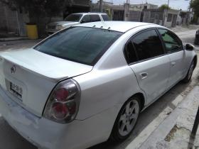 Nissan Altima  2005 Mexicano 6 cil trans. Manual