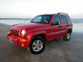 Jeep Liberty  2002 Americana 6 cil trans. Automatica