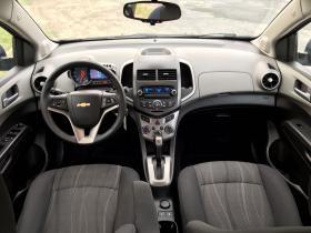 Chevrolet Sonic  2013 Americano 6 cil trans. Automatica