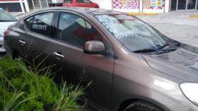 Nissan Versa  2014 4 cil trans. Automatica