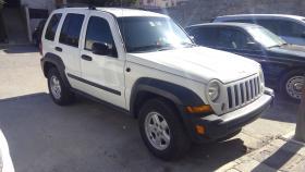 Jeep Liberty  2007 6 cil trans. Automatica