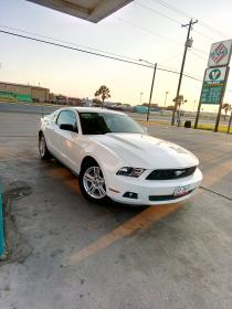 Ford Mustang  2010 Regularizado 6 cil trans. Automatica