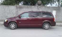 Chrysler Town and Country  2008 6 cil trans. Automatica