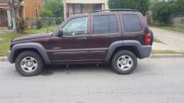 Jeep liberty 4x4 barata