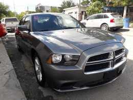 Dodge charger 2012, 6 cilindros, Regularizado