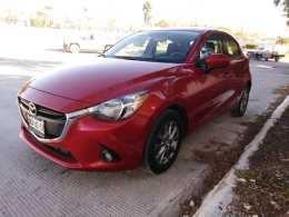 Mazda 2 hatchback 2016 mexicano 100%