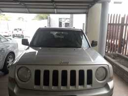 Jeep patriot de cochera