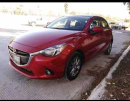 Mazda 2 hatchback 2016 mexicano 100%