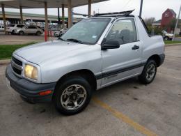 MUY BONITO 2000 CHEVY TRACKER SENCILLA (placas vigentes texanas 07/19)