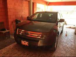 Ford Edge Limited 2010 Automática 6 cilindros.