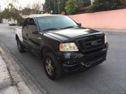 Ford f150 2004  a trato