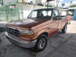 Ford F150 1995 6cil standar.