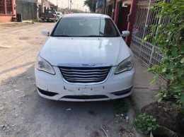 Chrysler 200 Año 2013