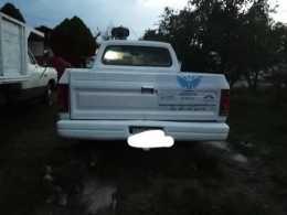 camioneta de  puro azero