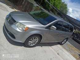 Dodge caravana STX 2013  se regulariza