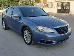 Chrysler 200 Limited 2011