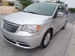 Chrysler Town coumtry tourig 2012 mexicana