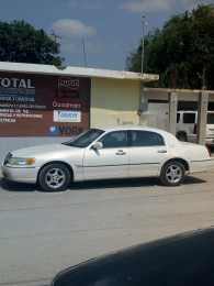 Lincon Town car 2002     (VENDIDO)