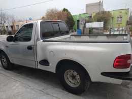 Vendo F-250 precio negociable 1998 motor 4.6 100% Méxicana