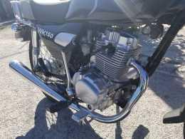 VENDO MOTOCICLETA R. S .K 150, 5 CAMBIOS